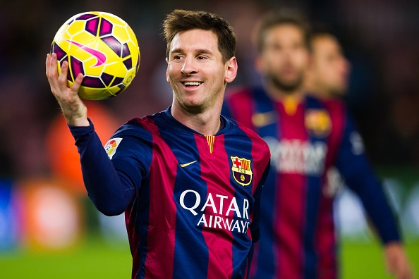 Messi va Suarez phoi hop sut penalty tinh quai hinh anh