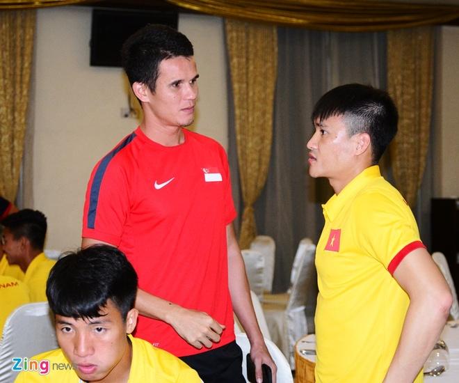 Tuyen thu Viet Nam mang gia vi que nha sang Myanmar hinh anh 6
