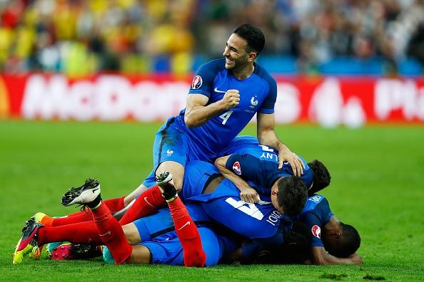 Highlights Euro 2016: Phap 2-1 Romania hinh anh
