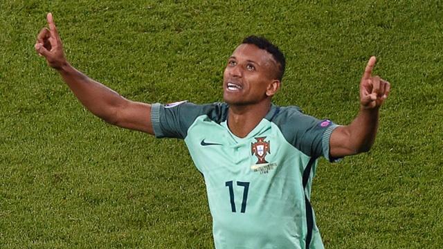 Nani lap cong sau cu dut diem cua Ronaldo hinh anh