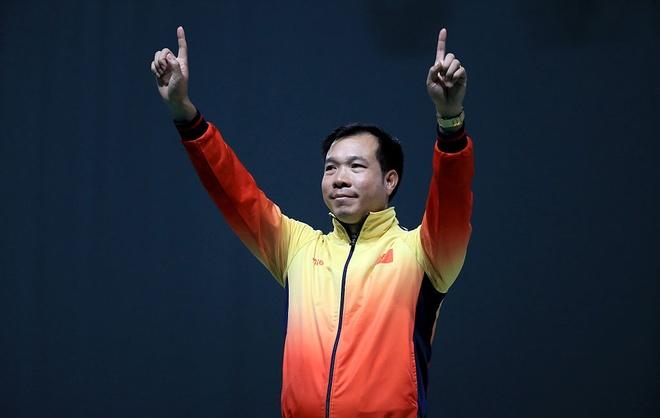 Video Hoang Xuan Vinh tuot HCV o 2 phat ban cuoi hinh anh