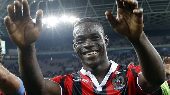 Balotelli dut diem ma ngoai tinh te ghi ban cho Nice hinh anh