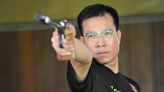 Hoang Xuan Vinh bieu dien ban 1 vien dan tat ngon nen hinh anh