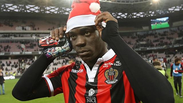 Balotelli lap cu dup giup Nice tiep tuc dan dau Ligue 1 hinh anh