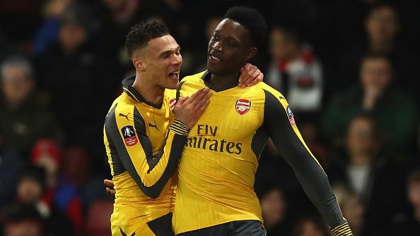 Welbeck, Walcott toa sang giup Arsenal thang dam Southampton hinh anh