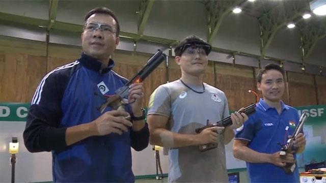 Video Hoang Xuan Vinh gianh HCB tai World Cup ban sung hinh anh