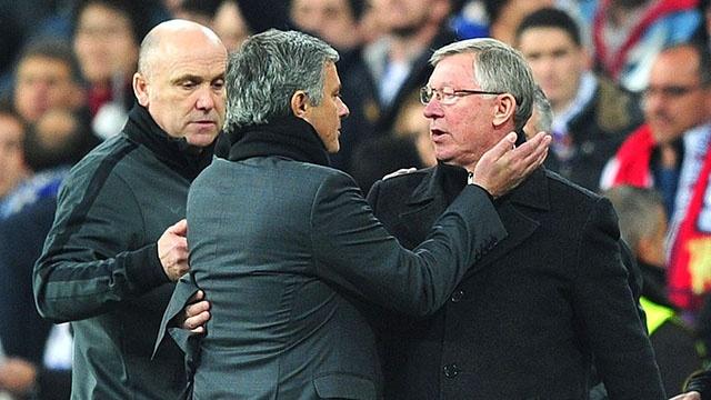 Ly do MU sa sut trong 4 nam qua: Loi tai Sir Alex Ferguson ? hinh anh