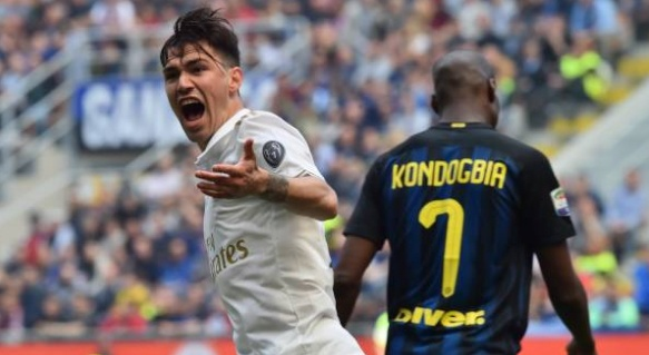 Video AC Milan cam hoa Inter nho cong nghe goal-line hinh anh