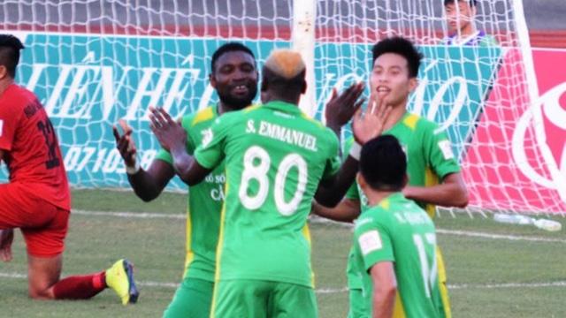 Hai Phong va Can Tho: 'Bo doi 3 di - 3 ve' o V.League hinh anh