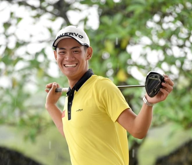 Truong Chi Quan ganh vai dau tau tuyen golf tai SEA Games hinh anh 1