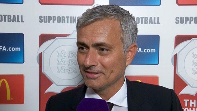 Mourinho tra loi phong van truoc cuoc doi dau voi Stoke City hinh anh