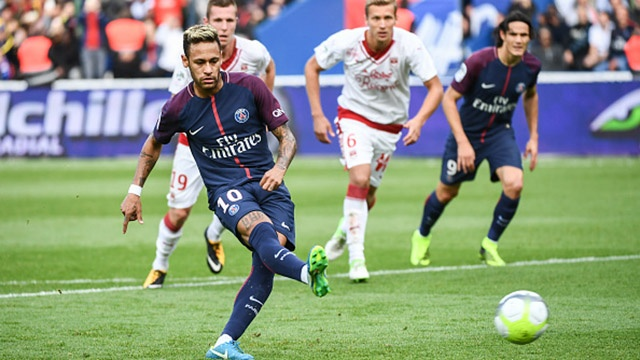 Neymar lan dau ghi ban tren cham 11 m cho PSG hinh anh