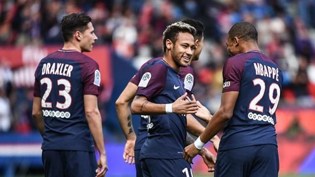 Pha sut phat tuyet dep cua Neymar hinh anh