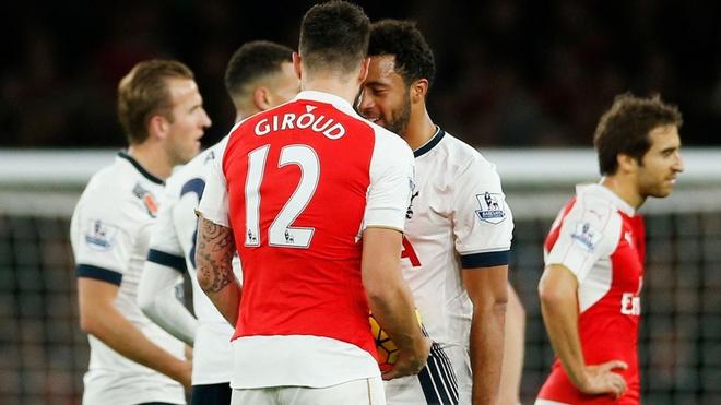 Arsenal vs Tottenham: 'Giao su' di tim chien thang dau tien hinh anh