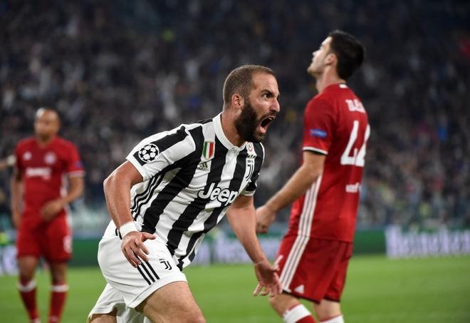 Atletico Madrid, Juventus no luc gianh ve di tiep o loat tran cuoi hinh anh 8