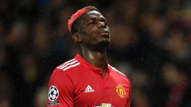 Paul Pogba dang bi lang quen tai Old Trafford? hinh anh