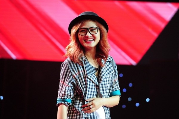Thi sinh Idol, The Voice: Dung trong doi o huan luyen vien hinh anh