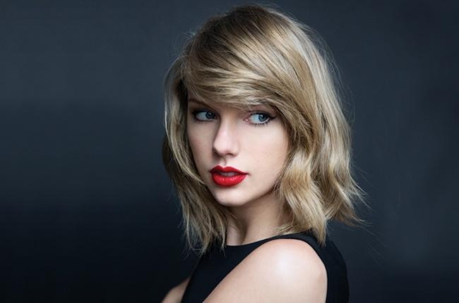 Grammy 2016: Taylor Swift dung chu quan! hinh anh