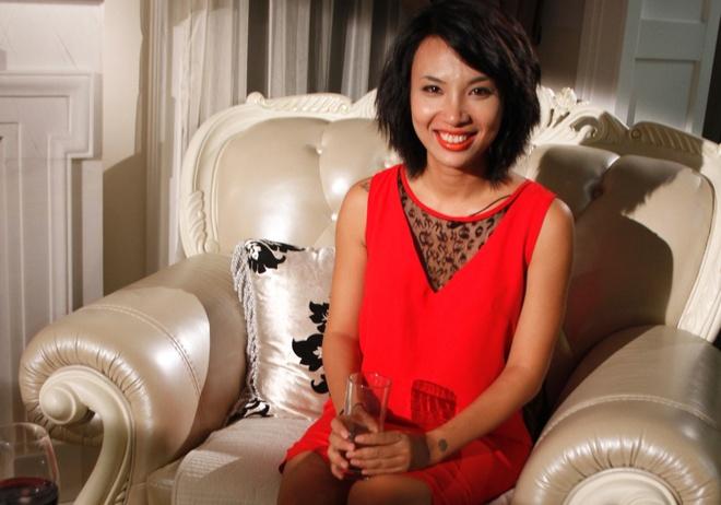 Thuy Minh xin loi vo dai gia vi talk show benh Ha Ho hinh anh