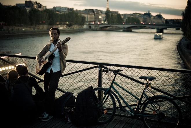 Am nhac giu tim ta o lai Paris... hinh anh