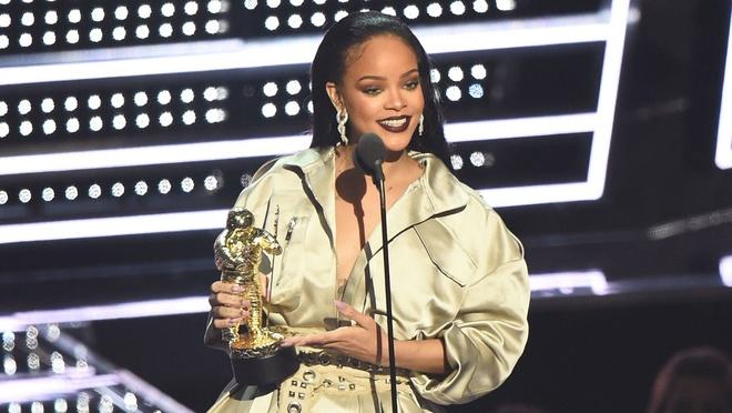 Drake va tinh yeu voi Rihanna tu nam 22 tuoi hinh anh 3