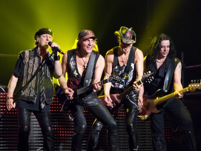 Tu Scorpions toi Buc Tuong hinh anh 2