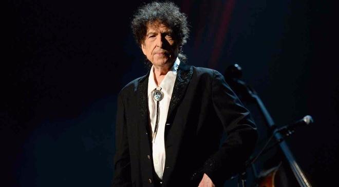 Bob Dylan giu thai do im lang voi giai Nobel Van hoc hinh anh