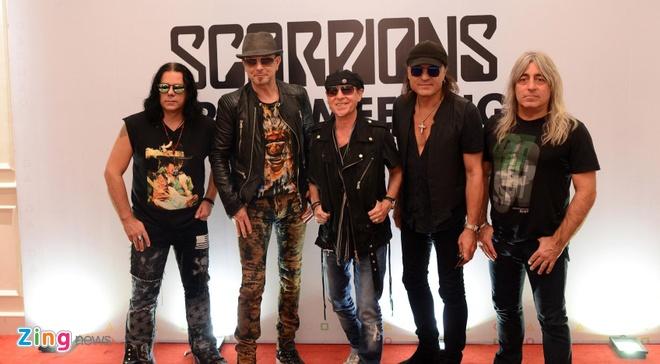 Scorpions muon uong thu bia Viet Nam hinh anh