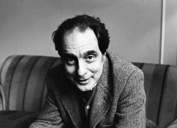 'Tro choi' cua Italo Calvino trong tieu thuyet hinh anh 2