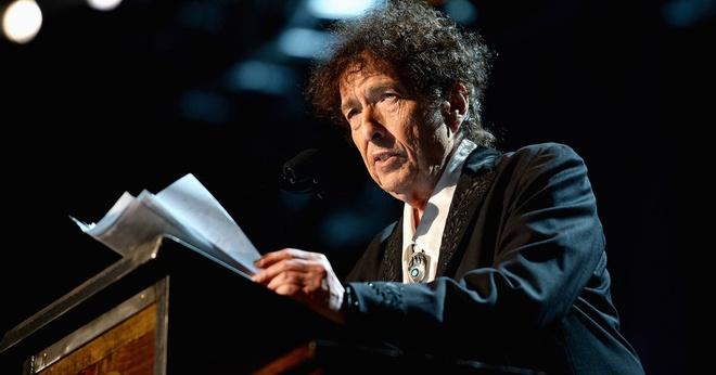 Bob Dylan khong tham du le trao giai Nobel hinh anh 1