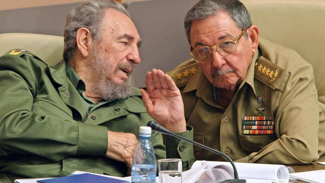 Fidel Castro va buc dien van co mot khong hai trong lich su hinh anh