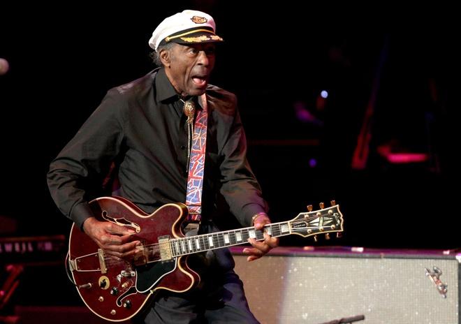 Huyen thoai rock'n'roll Chuck Berry qua doi o tuoi 90 hinh anh 1