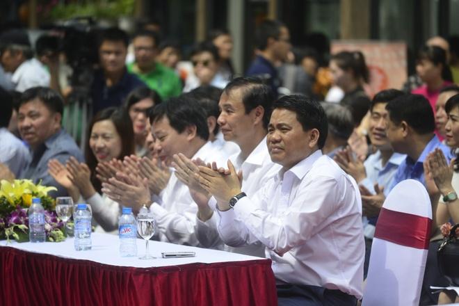 'Pho sach Ha Noi mo khong gian van hoa - tri thuc giua long thanh pho' hinh anh 1