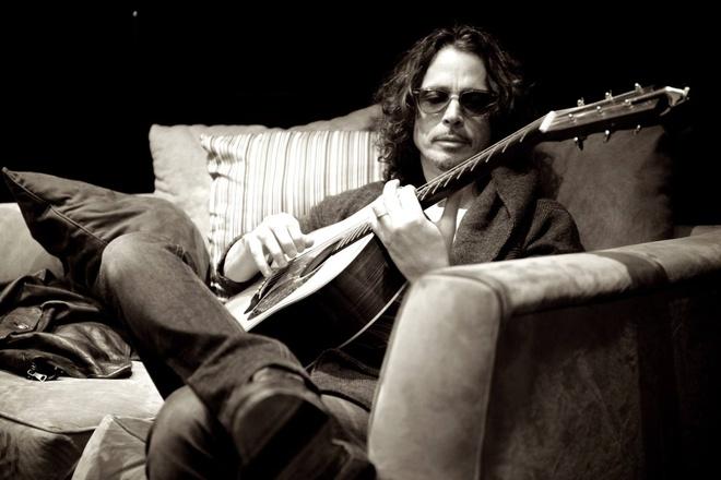 Rocker huyen thoai Chris Cornell qua doi o tuoi 52 hinh anh