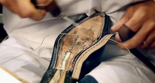 Can canh cong doan lam giay nghin do cua Louis Vuitton hinh anh 10