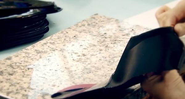 Can canh cong doan lam giay nghin do cua Louis Vuitton hinh anh 4