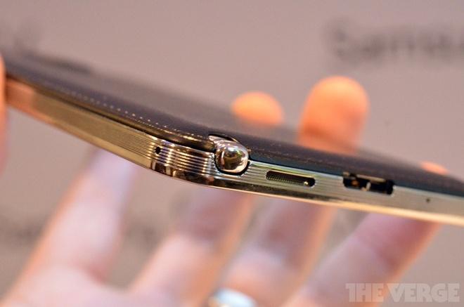 Samsung ra Galaxy Note 3 man hinh 5,7 inch, mat da phia sau hinh anh 4