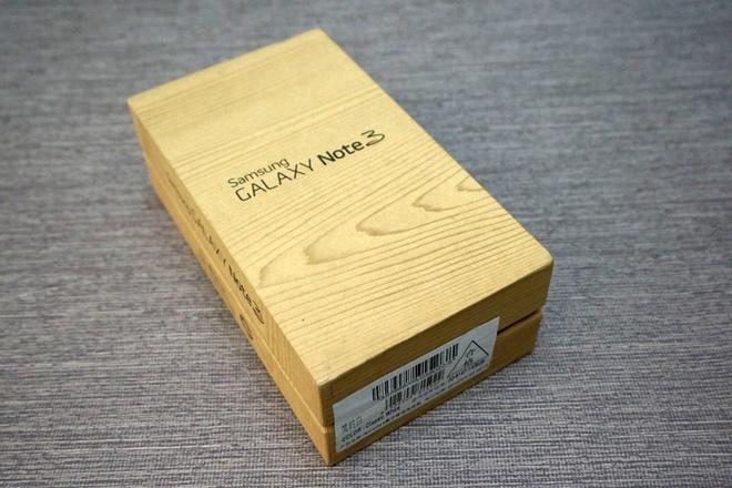 Galaxy Note 3 hai SIM dau tien gia gan 21 trieu tai Sai Gon hinh anh 1