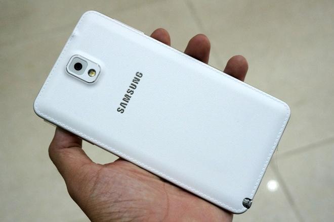 Galaxy Note 3 hai SIM dau tien gia gan 21 trieu tai Sai Gon hinh anh 8