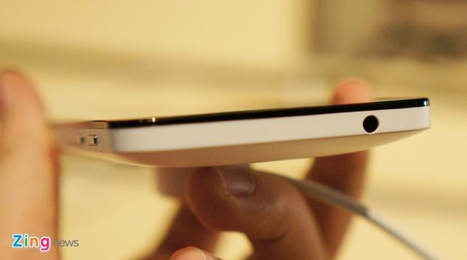 Anh, video thuc te Zenfone 4 man hinh 4,5 inch sap ban o VN hinh anh 11