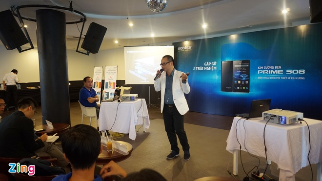Smartphone 8 nhan thuong hieu Viet ra mat voi gia 5 trieu hinh anh 1