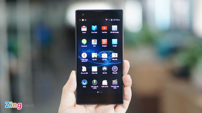 Mo hop smartphone Viet dau tien co thiet ke nguyen khoi hinh anh 3