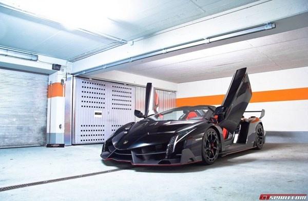 Sieu xe Lamborghini Veneno Roadster bat ngo lo dien o Munich hinh anh