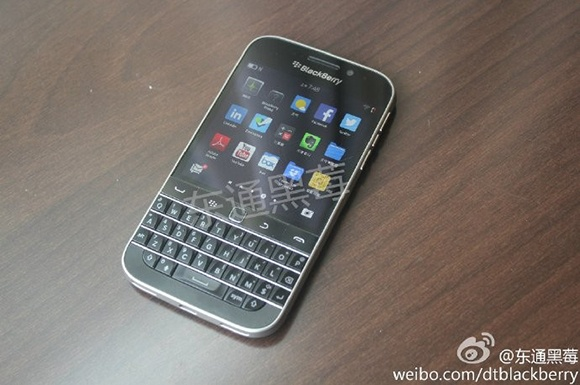 BlackBerry Classic lo anh thuc te giong Bold 9900 hinh anh