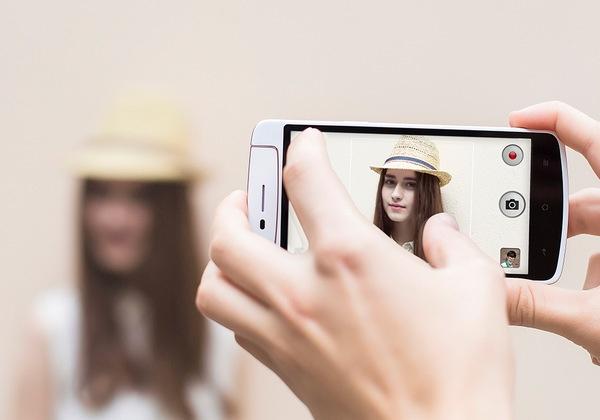 Danh gia Oppo N1 Mini: Smartphone chup tu suong tot nhat hinh anh