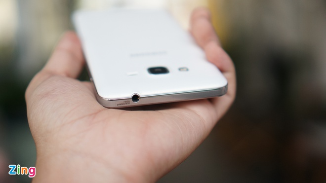 Thuc te Samsung Galaxy Grand Prime chuyen chup 'tu suong' hinh anh 6