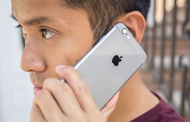 Nhieu nguoi bi rung rau, dut toc vi dung iPhone 6 hinh anh