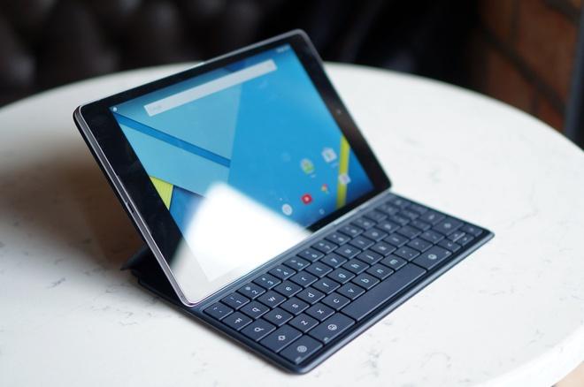 May tinh bang chay Android 5.0 dau tien co mat o Sai Gon hinh anh