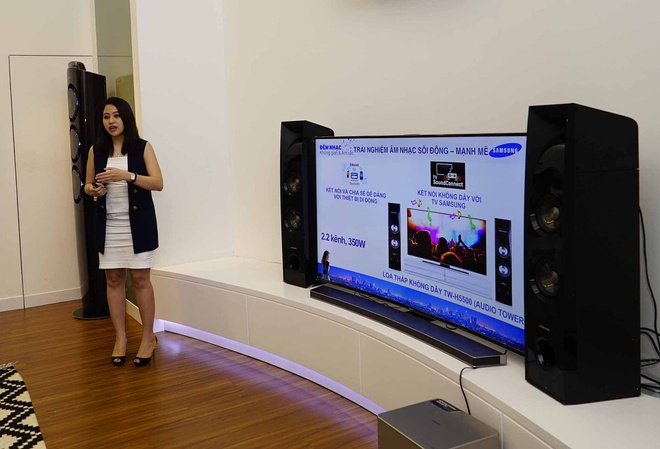 Loa khong day Samsung gia tu 8 trieu dong hinh anh