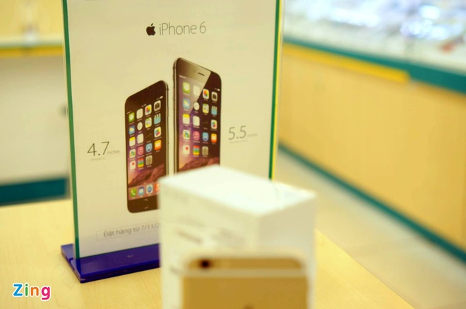 iPhone 6 co mat tai cua hang cua nha mang, san sang ban ra hinh anh 7